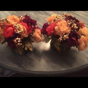 Kirklands set of 2 Floral Decor